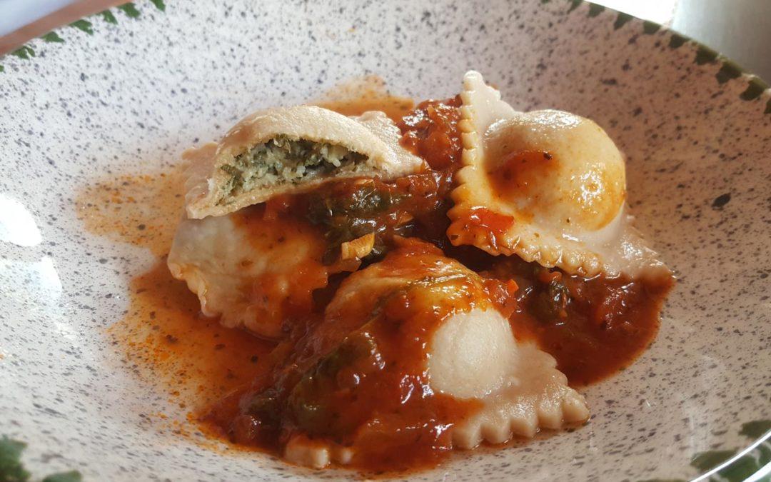 Rezept: Ravioli mit Sura Kees- und Spinatfüllung